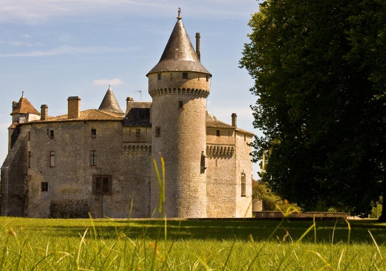 Chateau_de_La_Brede_West high resol